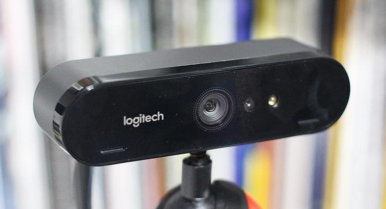 Logitech Brio 4K Webcam - Gewinde auf Gelenkarm